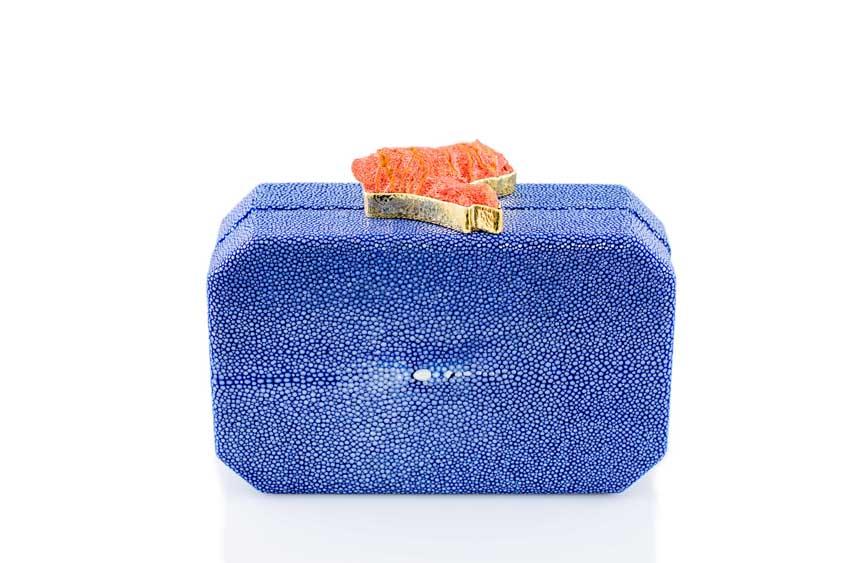 ANNA BLUM_ANDAMEE_MINAUDIERE CLUTCH_Ocean Blue with Coral_n