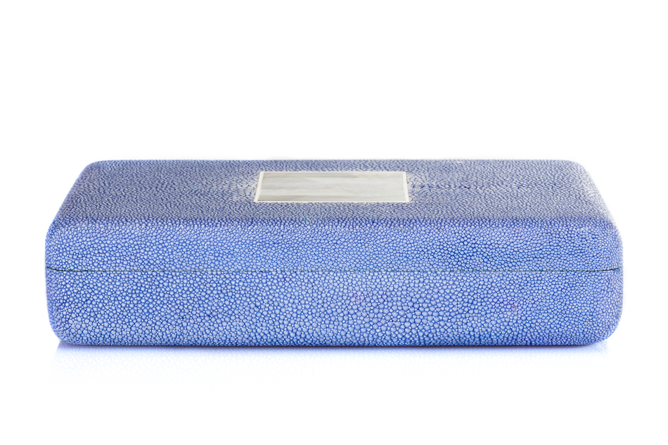 ANNA BLUM_Box_Blue_Shell Inlay_side view