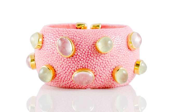 ANNA BLUM_CABAROQUE_CUFF BRACELET_Rose Pink_no pearls